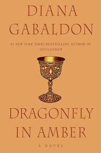 cover-dragonfly-in-amber-by-diana-gabaldon
